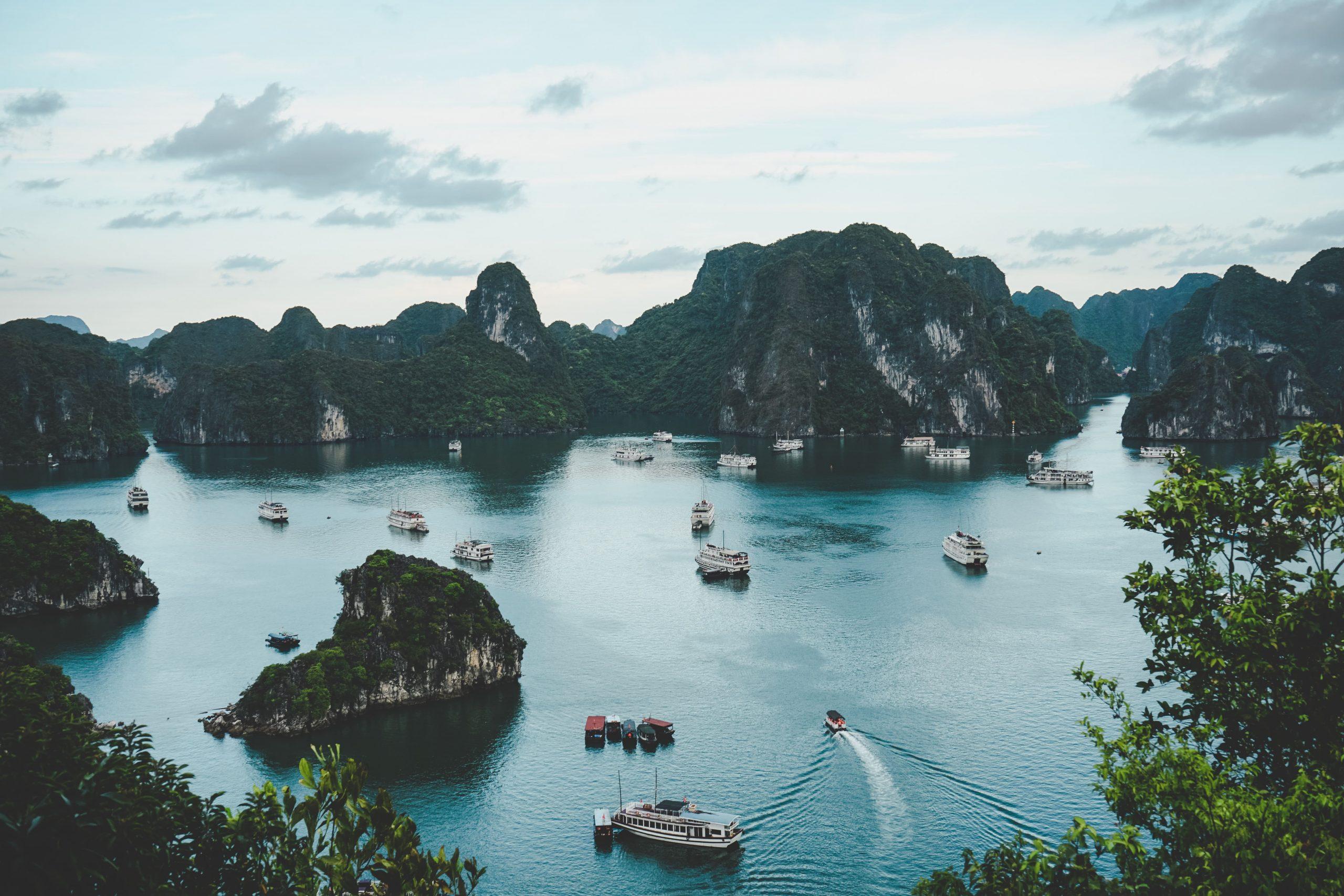 POTOPISNE SREDE iz »dnevne sobe«: VIETNAM