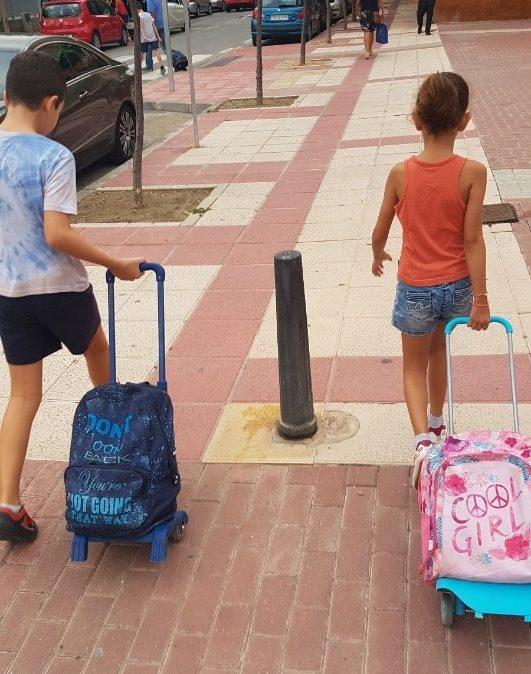 Delo z otroki + potovanje + živeti kot lokalec = AuPair!